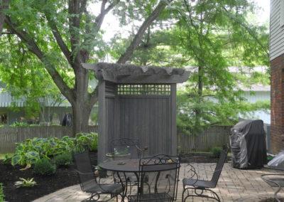 8' Alcove, gray, privacy walls